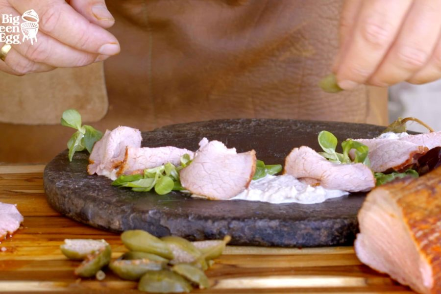 Vitello Tonnato ahumado (ternera con salsa de atún)